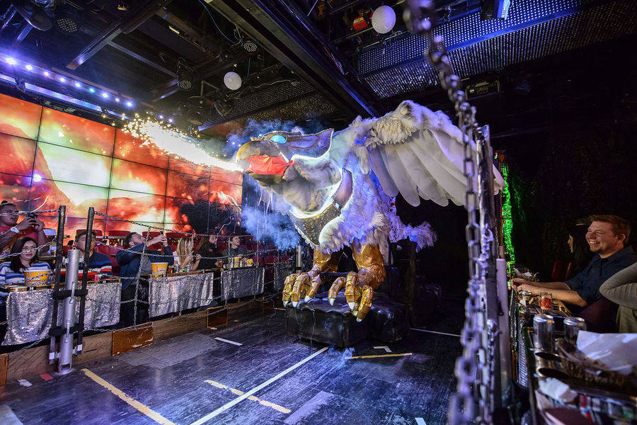performance at the robot restaurant Adult Dance Entertainers Entertainment Full Length Fun Indoors  Indoors  Kabukicho Multi Colored Music Night Nightlife People Performance Stage - Performance Space Stage Light