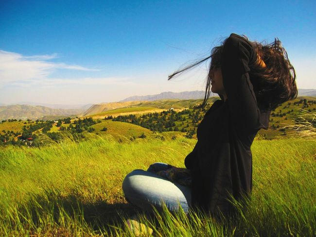 Persian Girl My Sister ❤ On The Hilltop Enjoying The View People And Nature People Photography Nature Landscape Green Green Nature Windy Windy Day World People EyeEm Best Shots The Portraitist - 2016 EyeEm Awards The Great Outdoors - 2016 EyeEm Awards Windy Hair Persian Girl EyeEm Popular Women Around The World Welcome To Black Break The Mold Lost In The Landscape Modern Hospitality