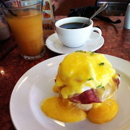 Live to Ride, Ride to eat EGGBENEDICT . Motorcyclepeople