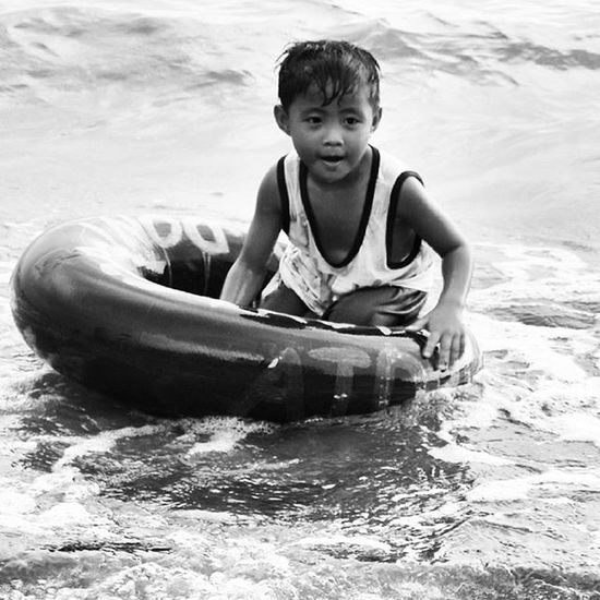 Blackandwhite Photography Black And White Black And White Collection  EyeEm Gallery Streetphotography Street Photography Street Street Art Streetphoto_bw Documentary Photography The Street Photographer - 2016 EyeEm Awards Street Photo Kid Beach Summer