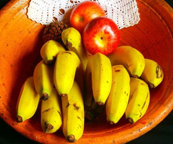 Apple Banana Bowl Of Fruits Renda Food Freshness Fruit Fruit Photography No People Organic Still Life Yellow