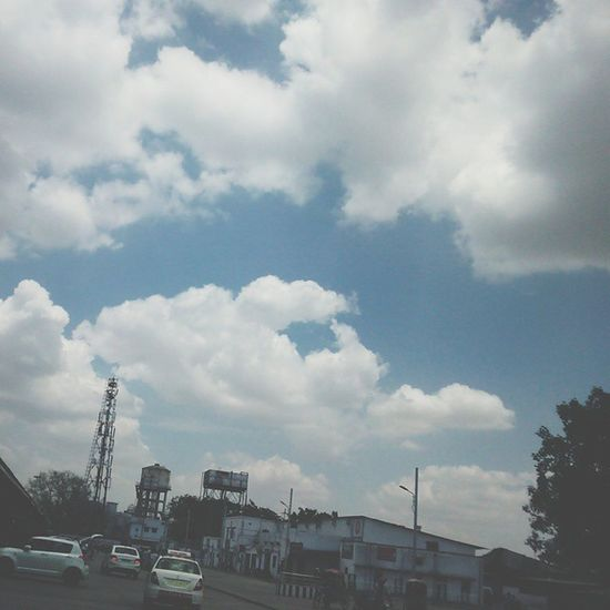Lovely Lucknow weather. Lucknow UttarPradesh Cityofnawabs Lucknowdiaries Cloudy Cloudporn The_hatke