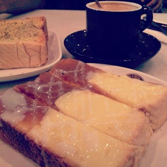 Kangen Rotikaya OldTownWhiteCoffee Brekkie Breakfast lcct kualalumpur latepost whencanieatthisagain