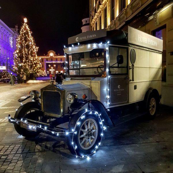 Slovenia #Slovenija #christmastime #ChristmasLights #nightshot #NoFilter #Xmas  #EyeEm Night