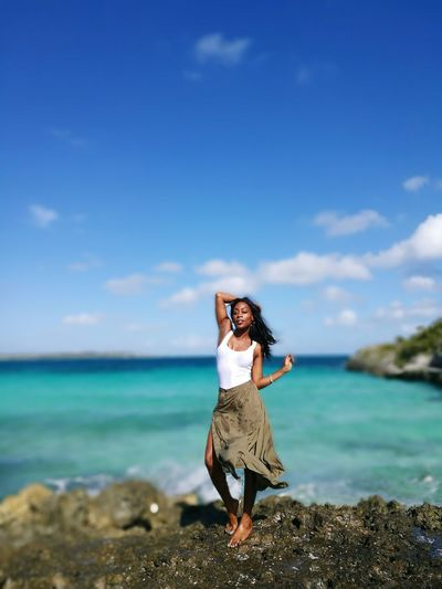 Feelin' It! One Woman Only Only Women Full Length Cloud - Sky Portrait Nature Standing Outdoors Beautiful Woman Ocean And Sky Poser Posing HuaweiP9 HuaweiP9Photography On The Bay Windy Day Breeze Eleuthera Blues Turqouise Water Photography Saturday Beautiful Day