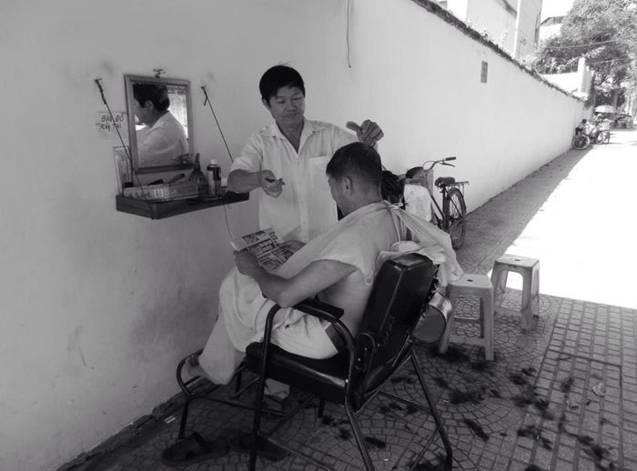 Hairdresser in the street ... Who's next ? RePicture Travel Share Your Adventure The Traveler - 2015 EyeEm Awards