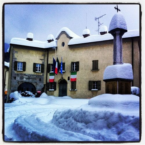 Carpineti #carpineti #comune #neve IPhone HDR Neve Comune Carpineti