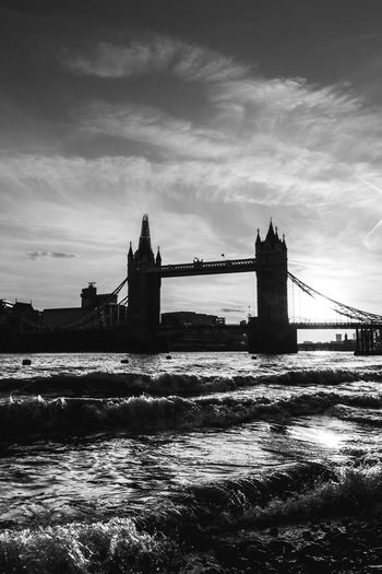 Silhouette Travel Destinations Architecture River Water Tourism Travel Silhouette No People Sky Cloud - Sky Sunset London Streetphotography Themesriver Wide Angle London Lifestyle Street Photography City Exploring