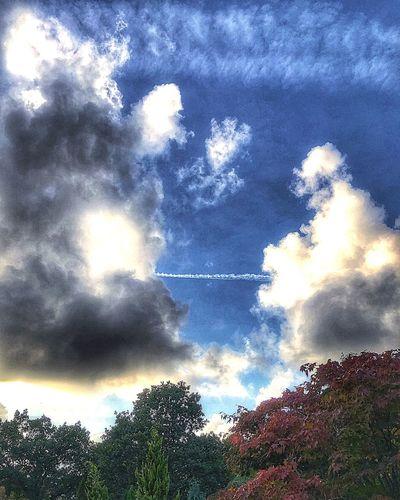 Clouds Lovers Sunset #sun #clouds #skylovers #sky #nature #beautifulinnature #naturalbeauty #photography #landscape Cloudscape Beautiful Sky❤ Cloud - Sky Sky Nature Beauty In Nature