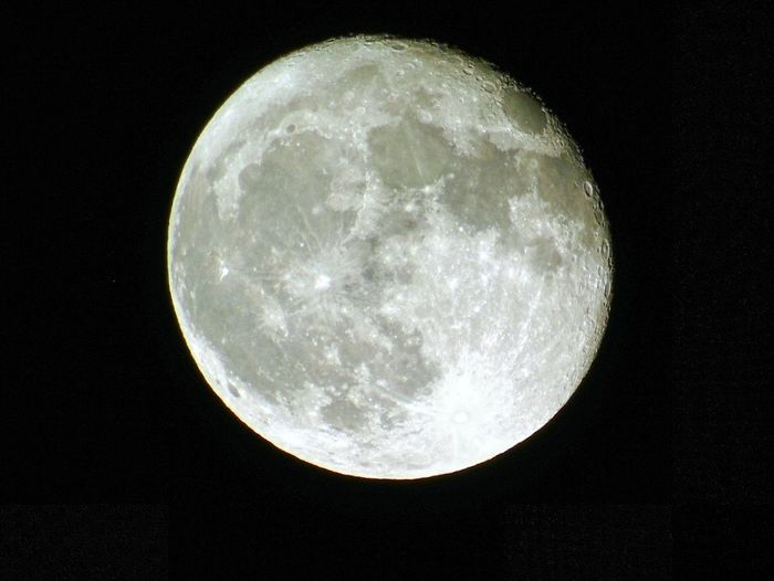 Moon Night Astronomy Space And Astronomy Planetary Moon Moon Surface Full Moon Beauty In Nature Space Exploration Exploration Low Angle View Tranquility Time 20 30 Pm 05/11/17