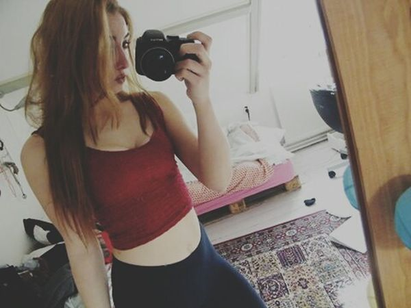 Hello Guys Red Mirrorselfie Holland Howareyoutoday