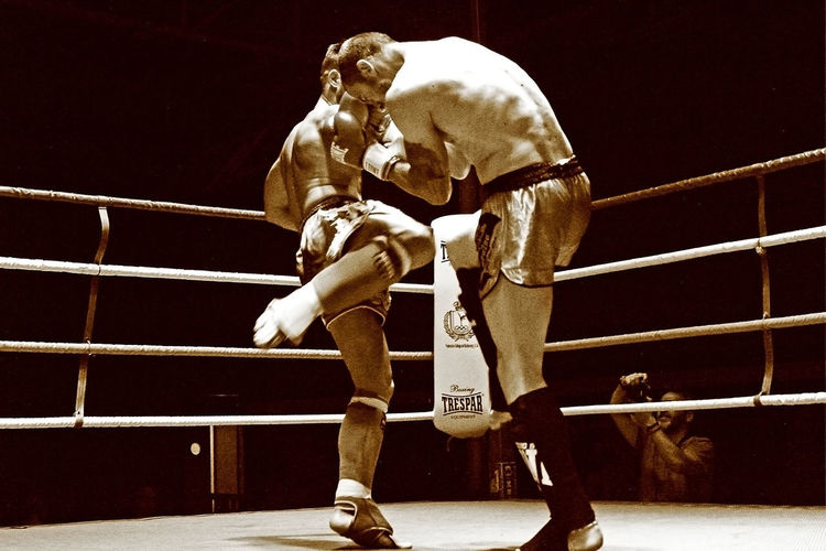 Kick boxing 03 Contacto Duel Duelo Fight Fighters Kick Luchadores Black And White Photo Boxing - Sport Boxing Ring Competicion Competition Contact Golpe Kick Boxing Kick Boxing Fight Kick Boxing Ring Patada Sepia Color Sport Stage