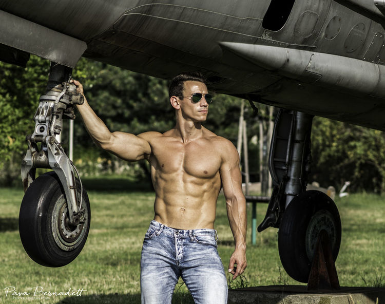 Aircraft Airport Fit Fitlife Fitness Lifestyles Portrait Sixpack Topgun