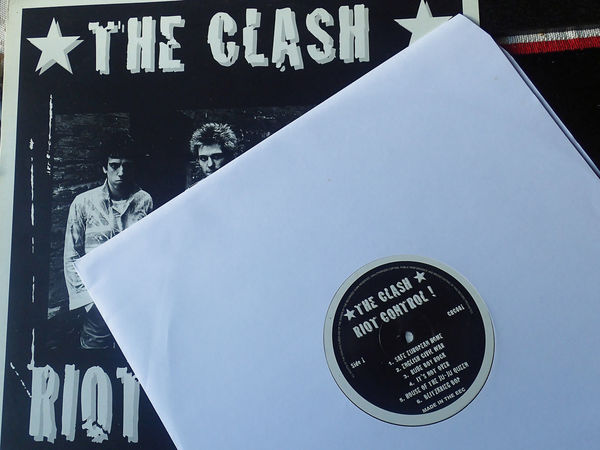 33 Rpm 45 Rpm Music Punk Rock Albums Collection Records Singles The Clash The Only Band That Matters Vinyl Records Youth Culture