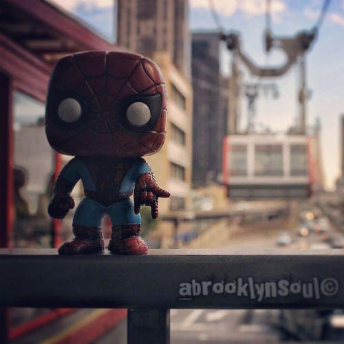 The Amazing Spider-Man, Roosevelt Island Tram, Manhattan Side Spider-man Marvel Comics NYC Funko Pop Vinyl