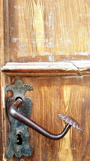 Door Handle, Antique Handle, Door Wood Close-up