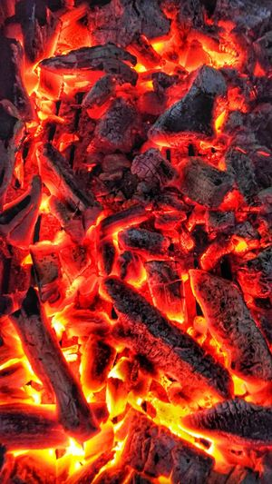 Hot coals for cooking and warmth...;)Heat - Temperature Red Island Close-up Swimming Night Full Frame Outdoors No People Nature Animal Themes Lava Fire And Flames Fire Colours Fire Hot Coals Heating Coal Stove Coalfire Coal Fired Coals Of Fire Coal Fire Coals