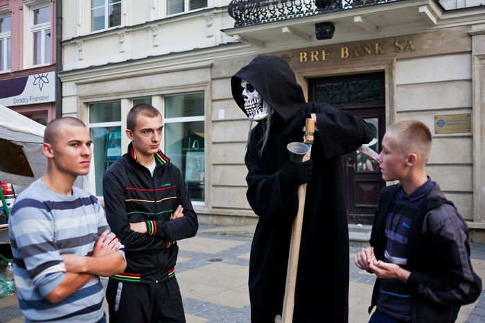 Street scene at the promenade in Lublin, Poland Cosplay Costume Dark Reaper Death Eastern Europe End Of Life Evil Lublin Muerte People Poland Public Space Real People Reaper Santa Muerte Street Photo Street Photography Streetphoto Streetphoto_color Streetphotography Togetherness Young Men
