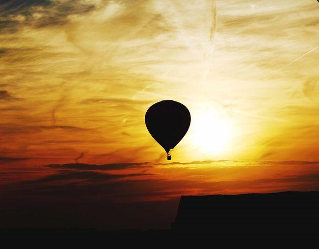 43 Golden Moments Couché De Soleil Mongolfière Fin De Journée sun Sunset