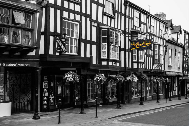 DeGreys Of Ludlow, Shropshire Black And White Black And White Building Black And White Photography Blackandwhite Cafe DeGreys DeGreys Ca DeGreys Of Ludlow DeGreys Of Ludlow, Shropshir DeGreys Tearooms Ludlow Medevil Medevil Town Shropshire Shropshire Hills