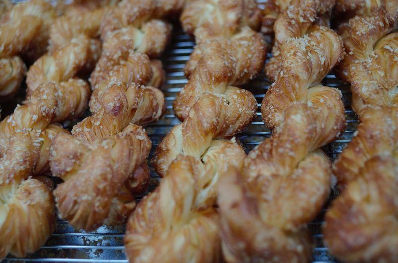Full frame shot of baked food on cooling rack
