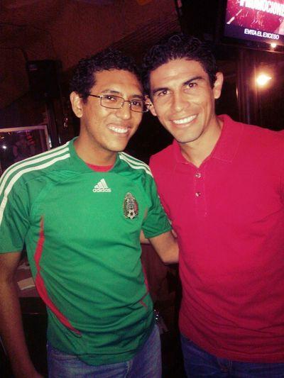 Con Mi Amigo Jhonny Celebrando El Triunfo De Nuestra Selección.