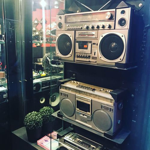 Ghetto Blaster Technology Music Indoors  Equipment No People Audio Equipment Speaker Arts Culture And Entertainment Retro Styled Stereo Musical Equipment