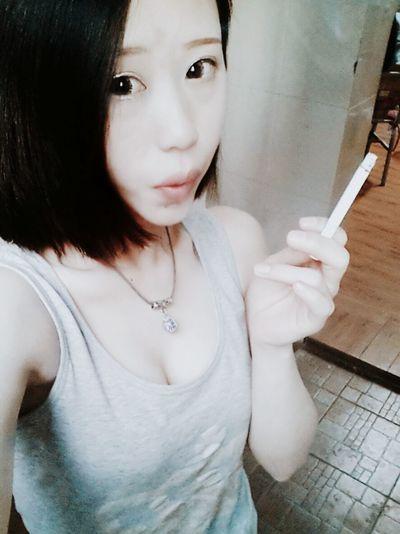 Good Night My Photographic World Hanging Out Smoking Girls