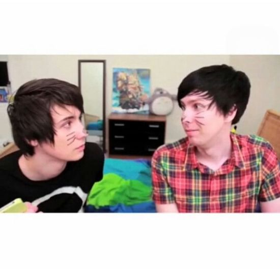 Dan And Phil Youtube Youtuber Danisnotonfire  Dan Howell Amazingphil Phil Lester