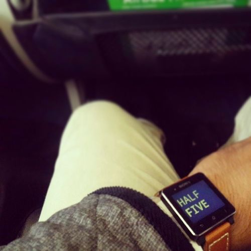Waiting... waitin' for you Vacation Onplane Lombok Brown smartwatch2
