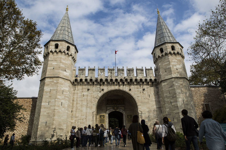 The Topkapı Palace, or the Seraglio, is a large museum in Istanbul, Turkey. In the 15th century, it served as the main residence and administrative headquarters of the Ottoman sultans. Construction began in 1459, ordered by Mehmed the Conqueror, six years after the conquest of Constantinople Topkapi Palace Topkapı Sarayı Topkapi Istanbul Turkey Gate Palace Historical Building Historical Place EyeEmNewHere EyeEmNewHere A New Beginning