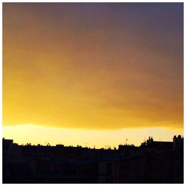 Paris Sunset End Of The Day Fullness Golden Hour Roofs Of Paris Contre-jour Roofs Goldenlight
