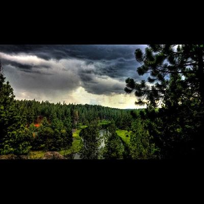 Thunderstorm rolling in as we were packing up Stormphotography Storm Stormy Getoutside Climbing_pictures_of_instagram Westcoast_exposures Centraloregon_igers PNWonderland ShoutOut Instadaily Instagood Me Exploregon Oegonexplored New Love Follow Lumia ShotOnMyLumia  Thepnwlife Deschutesriver  Deschutes Bendlife Visitbend inbend hdr hdrstyles_gf hdr_pics