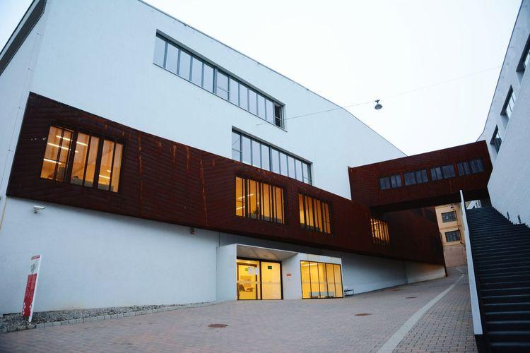 Duilding Architecture Nikon D7100 Showcase April Modern Modern Architecture Outdoor Popular Photo Eyeemfotos Pécs Zsolnay