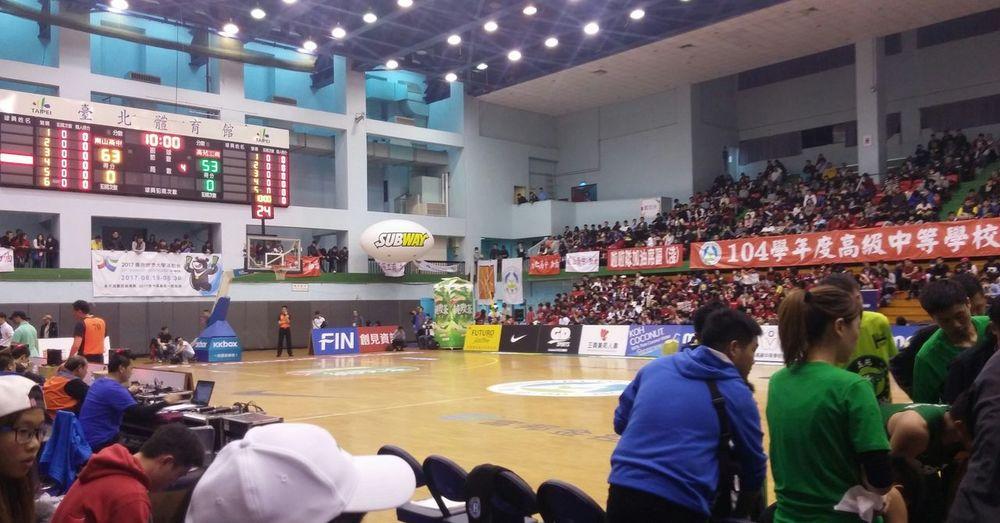 初衷🏀 Basketball Running Sweat Shooting