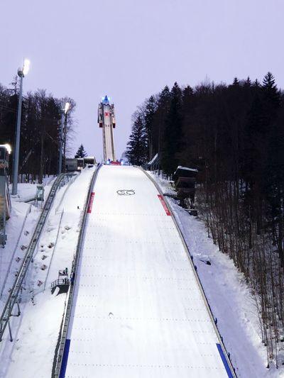 ski flying