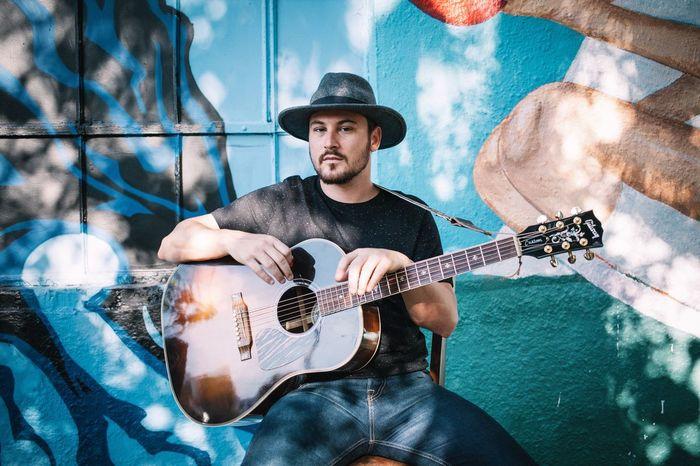 Musician. The Portraitist - 2016 EyeEm Awards Portrait Man VSCO Musician Guitar Guitarist Music The Essence Of Summer