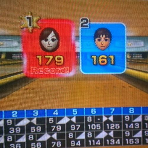 I win!!! ;) Wii Bowling SecondWinOfTheday WinningBacktoBack