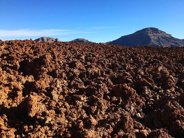 Mar de lava Red Mars Marte Vulcano Sky Mountain Nature Scenics - Nature Clear Sky No People Beauty In Nature Blue Tranquility Day Tranquil Scene Travel Destinations Landscape Land Environment Sunlight Mountain Range Non-urban Scene Outdoors Plant