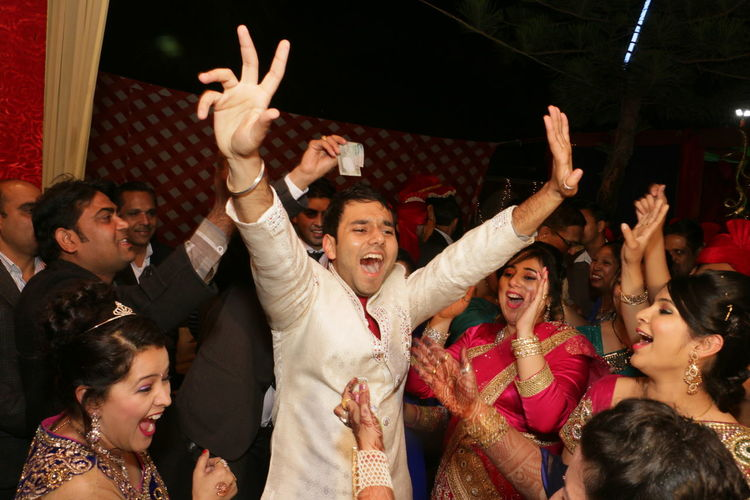 Haha that's what we call full fun.😜 Hi! Hello World Check This Out Enjoying Life Full Fun Marriage Of A Friend Dancing