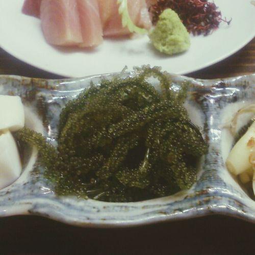前菜の海ぶどうたっぷり♪ 3月の沖縄旅行でハマりました 相棒の会 沖縄料理 琉の介 10/25撮影 Okinawa Enjoying A Meal