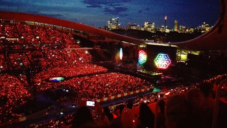 Illuminated Night Nightlife People Architecture Multi Colored Concert Lights COLDPLAY ♥