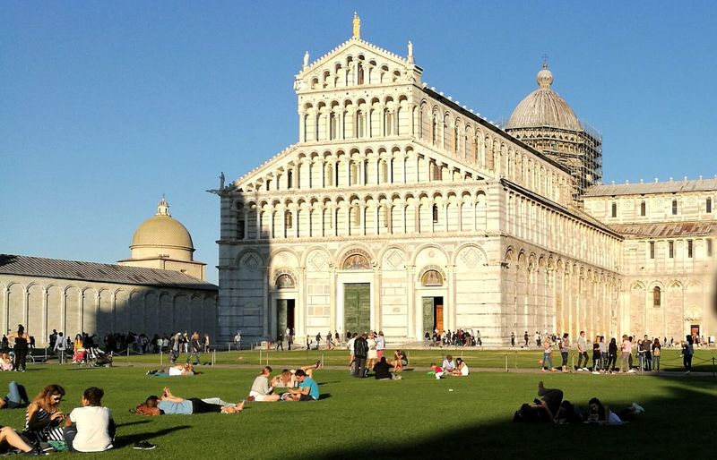 Piazza Dei Miracoli Architecture EyeEm Best EyeEm Shot Enjoy The New Normal Tranquil Scene Beauty In Nature Arts Culture And Entertainment Landscape People Fotography Eyeem On Week Italy Embrace Urban Life The City Light