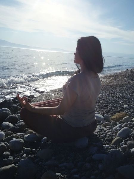 Relaxing By The Sea Relaxing Moments Yoga Yoga Pose Meditation Meditation Walk Meditation Time Woman Brunette Sea And Sun Beach Calming Calmness Everyday Emotion My Year My View Summer Exploratorium
