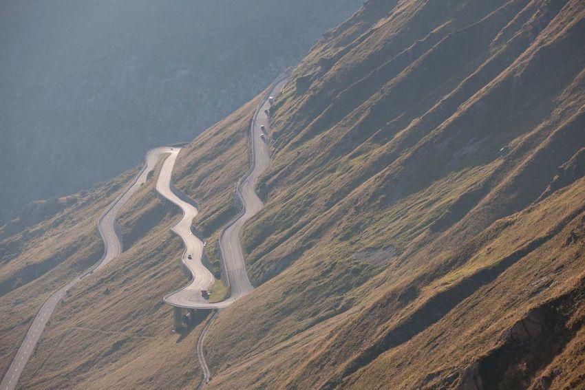 GoodTimes Mountainpass Roadtrip Switzerland Scenics