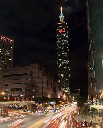 Taipei 101 the worlds tallest eco green building Worldstallestgreenbuilding Tallest Green Joetographer Taipei