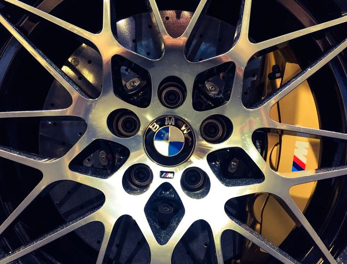 Stars are beautiful CarShow Cars Fast Rims Gold Colored Silver  Carbon Brake Disk Germanmuscle M3 Bmw Stars Full Frame Backgrounds No People Close-up Pattern Indoors  Metal Shape Design Geometric Shape Black Color Wheel Flooring EyeEmNewHere