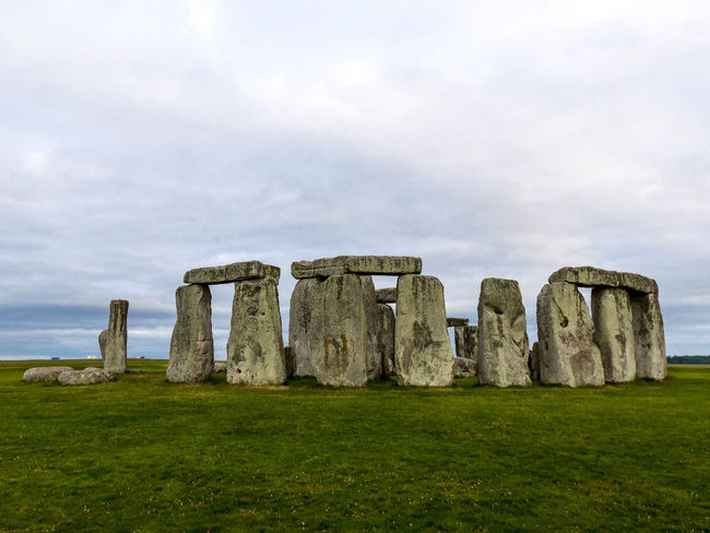 England, UK Stonehenge Memorial United Kingdom Ancient Ancient Civilization Architecture Grass History Nature No People Outdoors The Past Tourism Travel Destinations The Traveler - 2018 EyeEm Awards EyeEmNewHere The Great Outdoors - 2018 EyeEm Awards