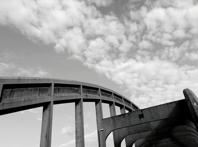 Walking Around Bridge Skyporn Urban Geometry Streetphoto_bw