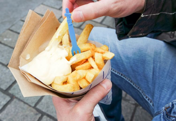 Stone Background Street Frenchfries Food Sale Kitchen Sauce Fat Junk Food Fries! Potatoes Potato Picnicking Yummy Street Food Fastfood French Fries Hand Dordrecht Summer Eating Junk Man Hands